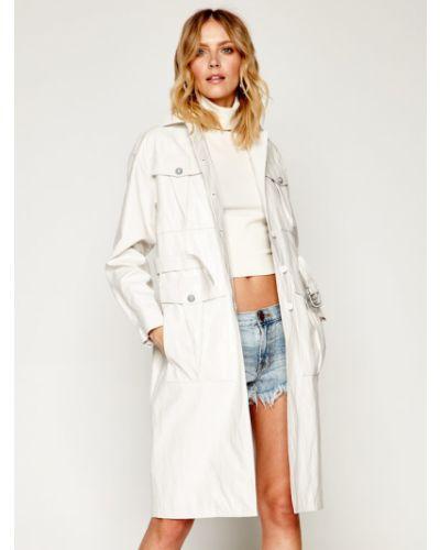 Biały płaszcz Pinko