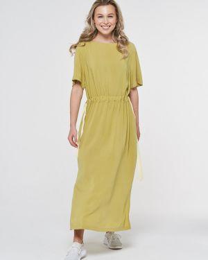 Повседневное с рукавами летнее платье из вискозы Vay