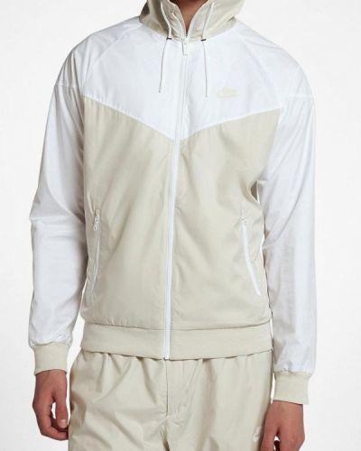 Бежевая куртка Nike