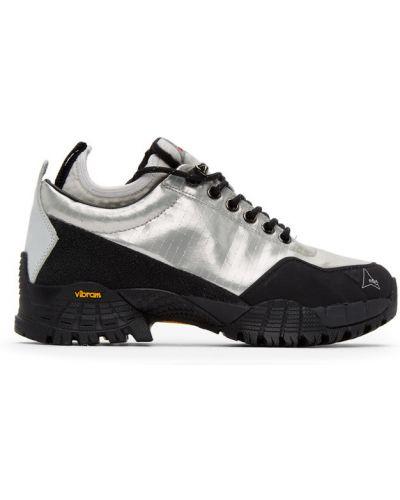 Черные кроссовки на каблуке сетчатые на шнурках Roa