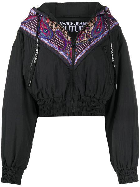 Czarna wiatrówka z kapturem z długimi rękawami Versace Jeans Couture