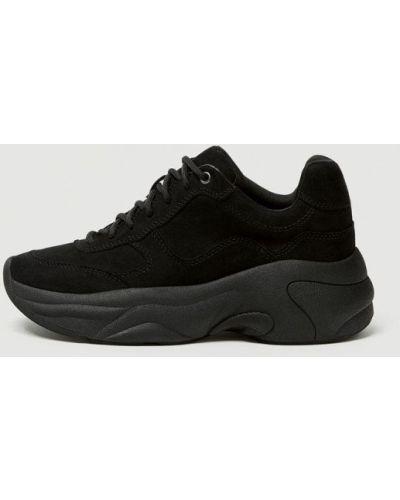 Кроссовки черные Pull&bear
