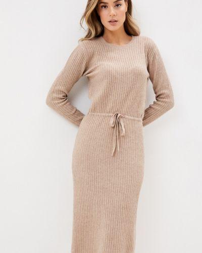 Бежевое вязаное платье Pieces
