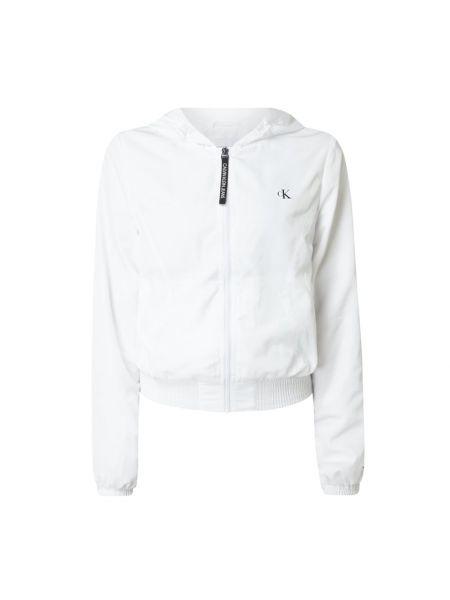 Biały kurtka jeansowa z kieszeniami z zamkiem błyskawicznym Calvin Klein Jeans