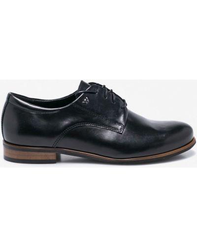 Кожаные туфли на шнуровке Wojas
