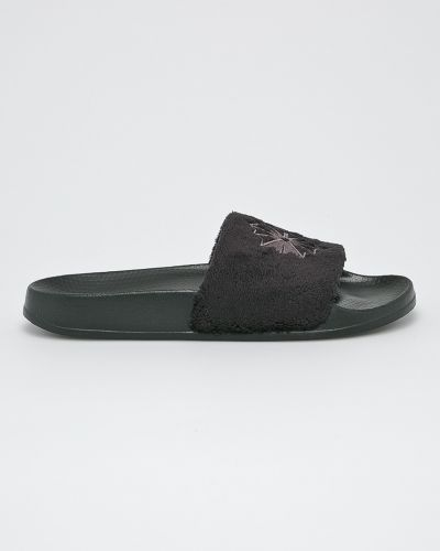Черные сандалии Reebok