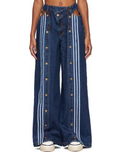 Niebieskie jeansy z haftem Adidas X Ivy Park