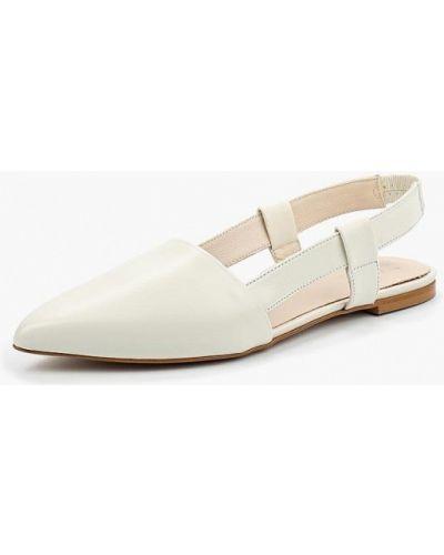 Белые сандалии Zign