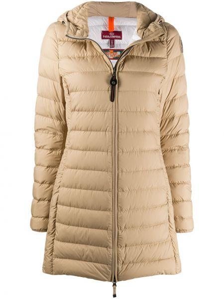 С рукавами коричневое пальто с капюшоном с перьями на молнии Parajumpers