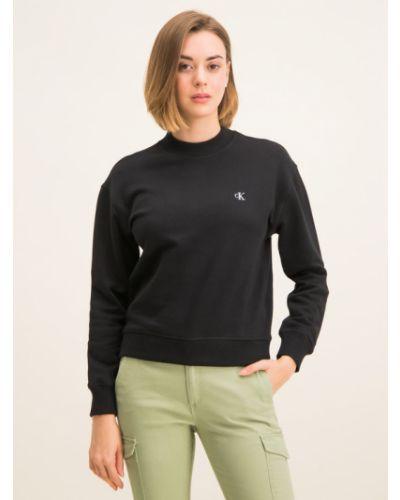 Czarna bluza z haftem Calvin Klein Jeans
