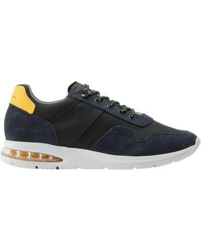 Czarne sneakersy Barleycorn
