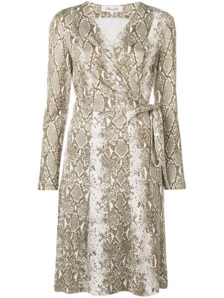Приталенное шелковое платье с запахом с оборками Dvf Diane Von Furstenberg
