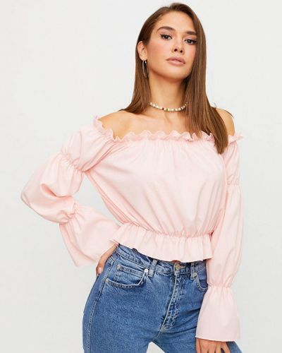 Розовая блузка с открытыми плечами Karree