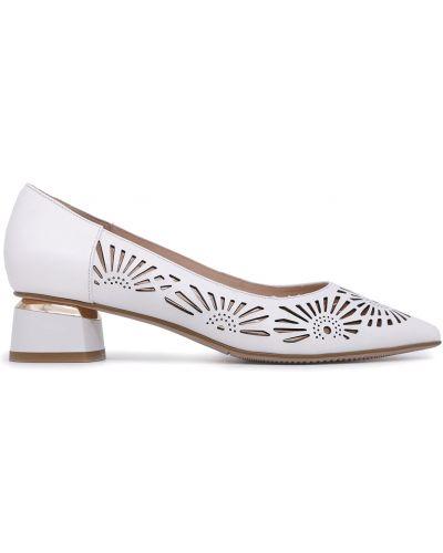 Туфли - белые Bosca