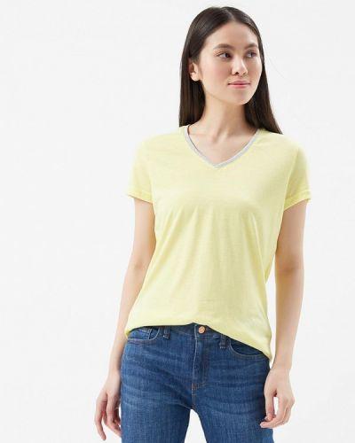 Желтая футболка Savage