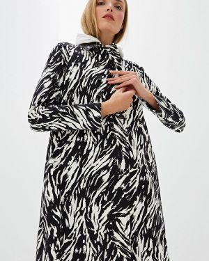 Черное пальто с капюшоном N°21