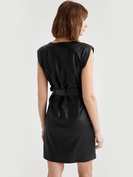 Кожаное платье - черное Defacto
