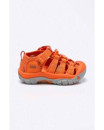 Оранжевые босоножки текстильные Keen