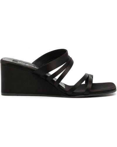Черные сандалии на каблуке Pedro García