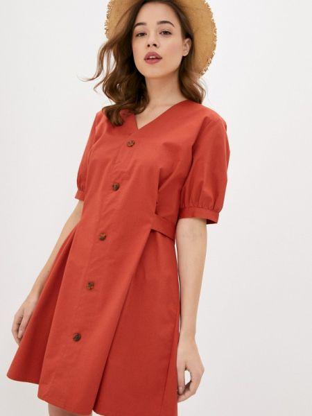 Платье прямое красный Sela