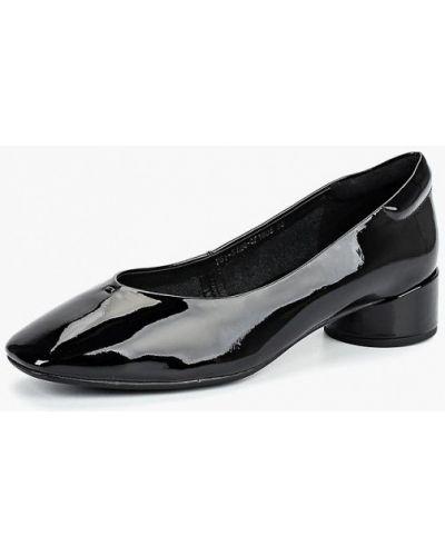 Кожаные туфли осенние на каблуке Just Couture