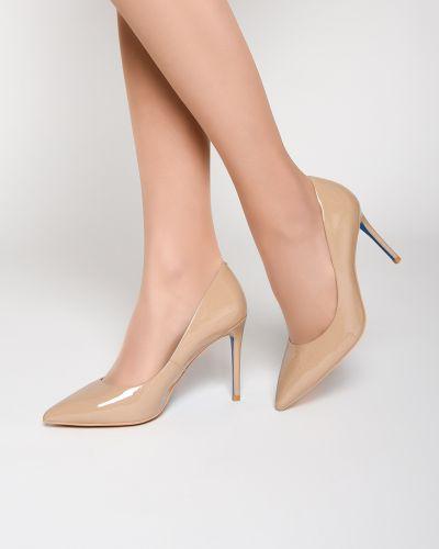Туфли на каблуке кожаные лаковые Loriblu