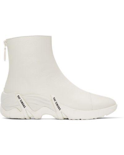 Skórzany biały wysoki sneakersy okrągły na pięcie Raf Simons