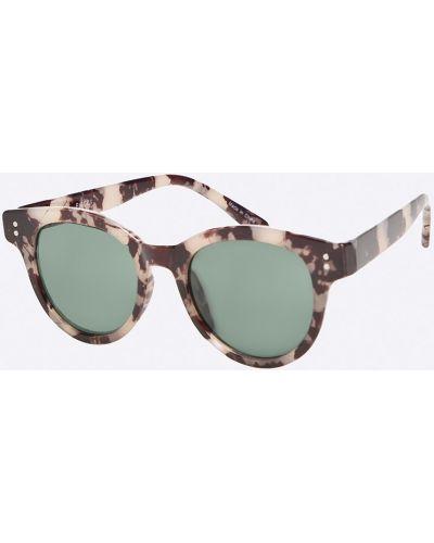 Серые солнцезащитные очки Pieces