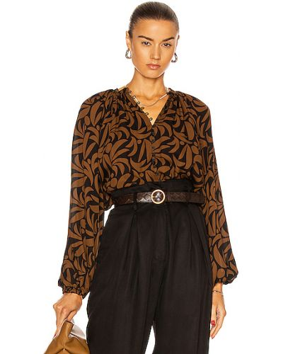 Коричневая шелковая блузка на резинке Matteau