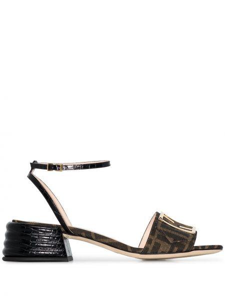 Z paskiem czarny sandały z klamrą z płótna Fendi
