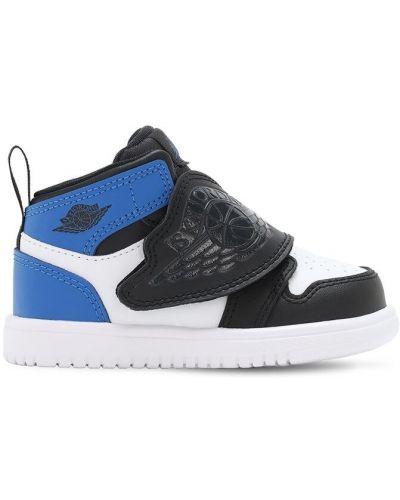 Z paskiem niebieski skórzany sneakersy Nike