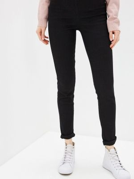 Черные джинсы Sela