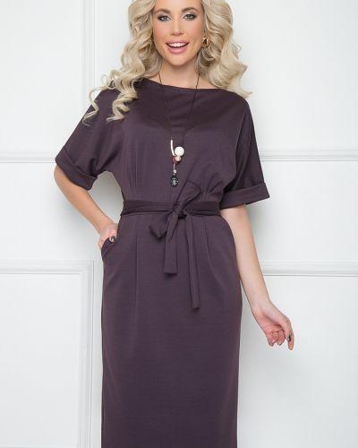 Нарядное трикотажное платье с поясом Bellovera