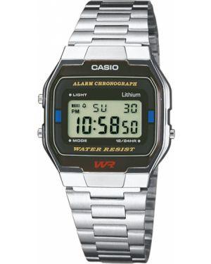 Часы водонепроницаемые Casio