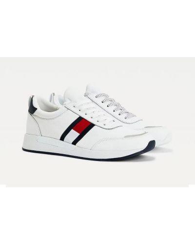 Białe tenisówki koronkowe sznurowane Tommy Jeans