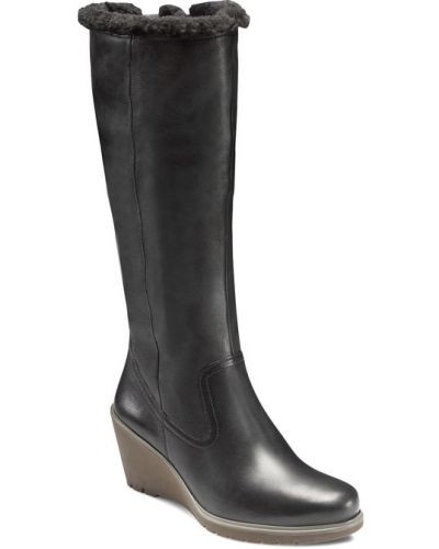 Зимние ботинки на платформе черные Ecco
