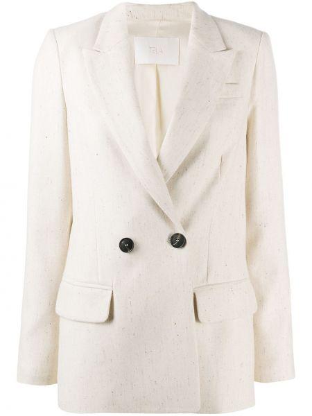 Белый классический пиджак двубортный с карманами Tela