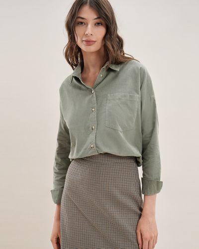 Зеленая длинная рубашка O'stin