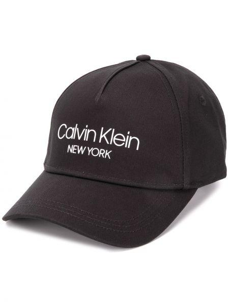 Бейсбольная кепка - черная Calvin Klein