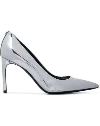 Серебряные лаковые кожаные туфли-лодочки Tom Ford