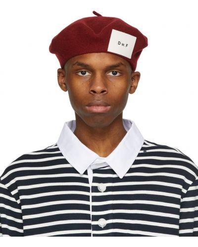 Czerwony beret wełniany Daniel W. Fletcher