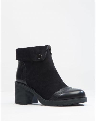 Ботинки черные замшевые Stefaniya Nina