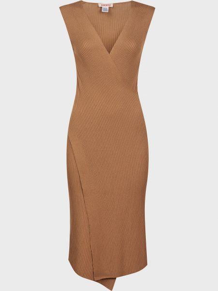 Коричневое платье из вискозы Kontatto