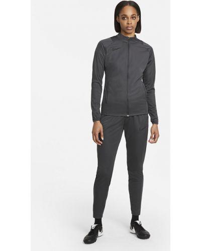 Мягкий черный трикотажный спортивный костюм Nike