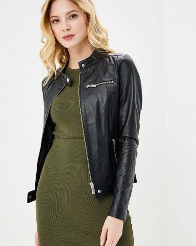 Черная куртка Arma