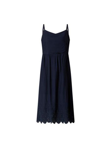 Niebieska sukienka rozkloszowana koronkowa Fransa