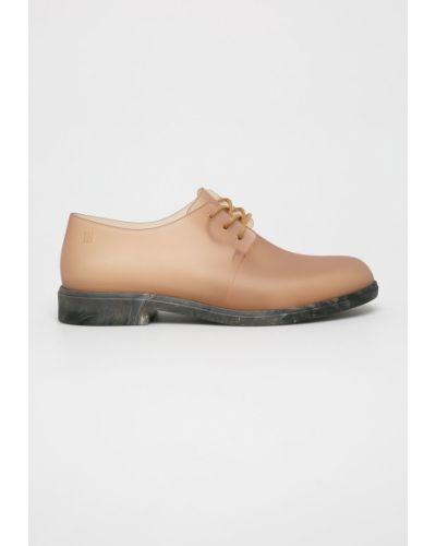 Туфли на шнуровке бежевый Melissa