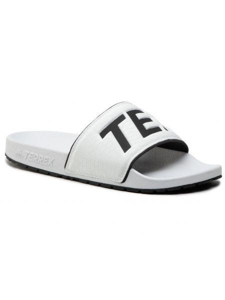 Białe klapki Adidas