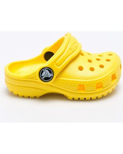 Желтые босоножки Crocs