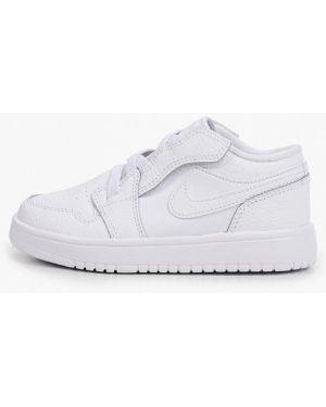 Белые кожаные кроссовки Jordan